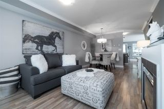 """Photo 4: 48 19448 68 Avenue in Surrey: Clayton Townhouse for sale in """"NUOVO"""" (Cloverdale)  : MLS®# R2365136"""