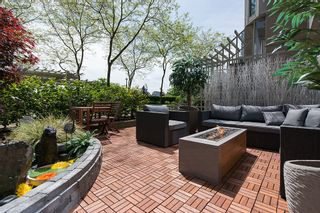 """Photo 5: 106 1338 HOMER Street in Vancouver: Yaletown Condo for sale in """"GOVERNOR'S VILLA"""" (Vancouver West)  : MLS®# V1065640"""
