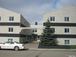 Main Photo: 11 125 Froom Crescent in Regina: Glen Elm Park Residential for sale : MLS®# SK847392