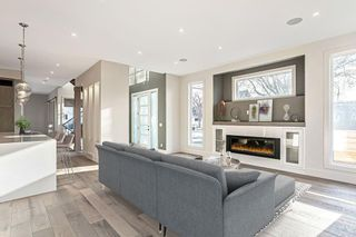 Photo 8: 3704 5 Avenue SW in Calgary: Spruce Cliff Detached for sale : MLS®# C4296636