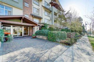 """Photo 20: 410 6500 194 Street in Surrey: Cloverdale BC Condo for sale in """"Sunset Grove"""" (Cloverdale)  : MLS®# R2331688"""