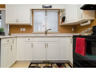 """Photo 7: 21464 83B Avenue in Langley: Walnut Grove House for sale in """"Forest Hills"""" : MLS®# F1428556"""