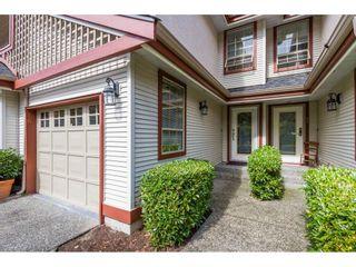 "Photo 2: 16 8855 212 Street in Langley: Walnut Grove Townhouse for sale in ""GOLDEN RIDGE"" : MLS®# R2104857"