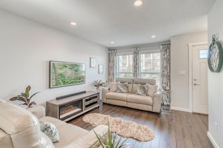 Photo 5: 69 Cranford Way SE in Calgary: Cranston Row/Townhouse for sale : MLS®# A1150127
