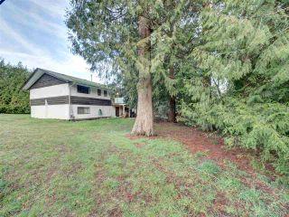 Photo 3: 7761 FAWN Road in Halfmoon Bay: Halfmn Bay Secret Cv Redroofs House for sale (Sunshine Coast)  : MLS®# R2428234