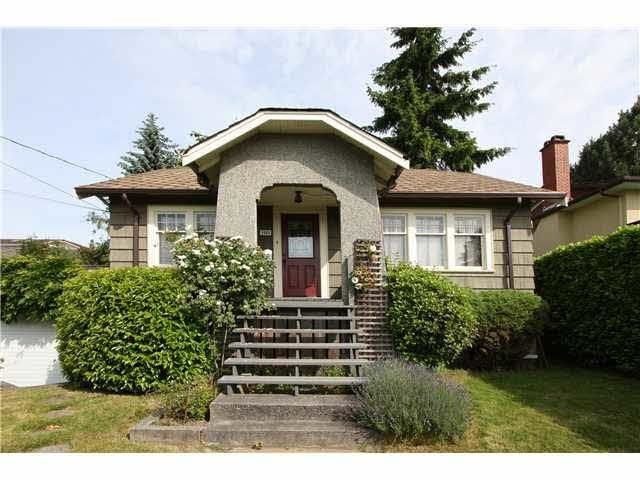 Main Photo: 1509 NANAIMO Street in New Westminster: West End NW House for sale : MLS®# R2620476