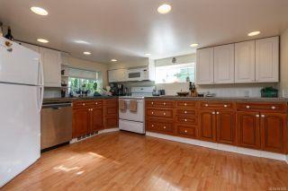 Photo 18: 3043 Washington Ave in : Vi Burnside House for sale (Victoria)  : MLS®# 851880