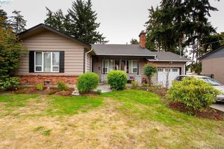 Photo 3: 3345 Roberlack Rd in VICTORIA: Co Wishart South House for sale (Colwood)  : MLS®# 797590