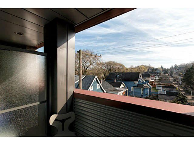 """Photo 17: Photos: 305 2250 COMMERCIAL Drive in Vancouver: Grandview VE Condo for sale in """"THE MARQUEE ON THE DRIVE"""" (Vancouver East)  : MLS®# V1109784"""