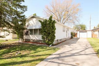 Photo 1: 585 Edison Avenue in Winnipeg: Residential for sale (3F)  : MLS®# 202011076