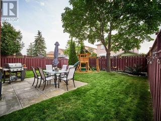 Photo 3: 18 LINDEN LANE in Whitchurch-Stouffville: House for sale : MLS®# N5400142