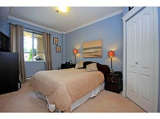 """Photo 6: 107 2340 HAWTHORNE Avenue in Port Coquitlam: Central Pt Coquitlam Condo for sale in """"BARRINGTON PLACE"""" : MLS®# V1097959"""