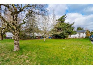 Photo 1: 27113 25 Avenue in Langley: Aldergrove Langley House for sale : MLS®# R2538518