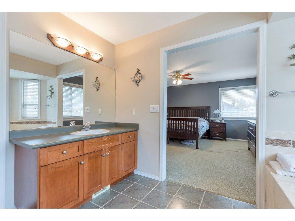 "Photo 30: Photos: 11617 CREEKSIDE Street in Maple Ridge: Cottonwood MR House for sale in ""Cottonwood"" : MLS®# R2554913"