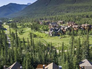 Photo 2: 281 Miskow Close: Canmore Detached for sale : MLS®# A1063087