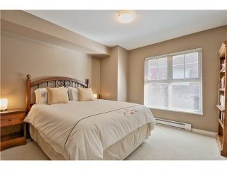 "Photo 8: 114 675 PARK Crescent in New Westminster: GlenBrooke North Townhouse for sale in ""WINCHESTER"" : MLS®# V1051664"