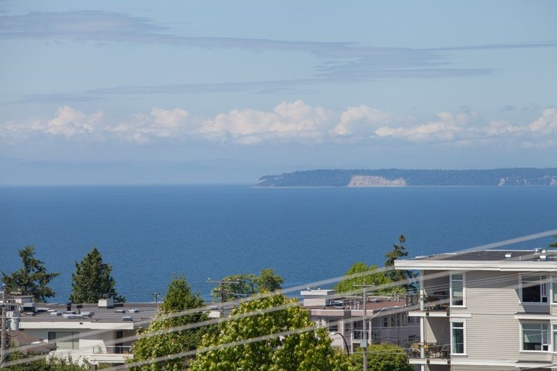 """Photo 18: Photos: 305 1341 GEORGE Street: White Rock Condo for sale in """"OCEANVIEW"""" (South Surrey White Rock)  : MLS®# R2215870"""