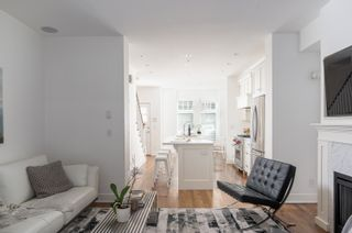 """Photo 11: 1719 MAPLE Street in Vancouver: Kitsilano Townhouse for sale in """"The Townhomes on Maple"""" (Vancouver West)  : MLS®# R2617762"""