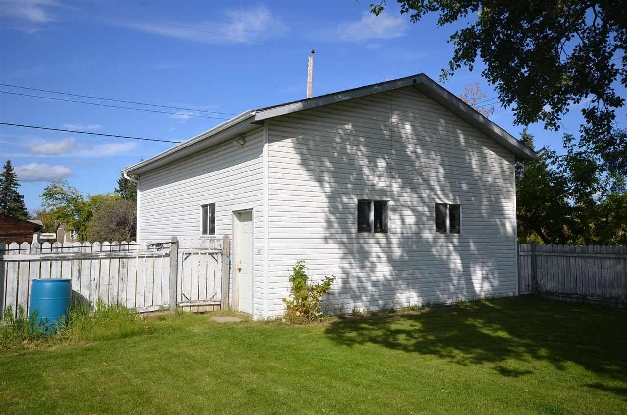 Photo 20: Photos: 8408 96 Avenue in Fort St. John: Fort St. John - City SE House for sale (Fort St. John (Zone 60))  : MLS®# R2530428