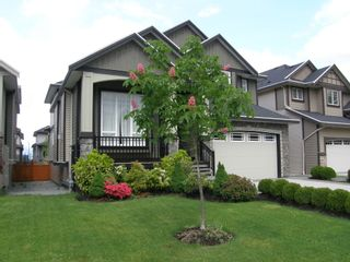 Photo 1: 12473 201ST STREET in MCIVOR MEADOWS: Home for sale