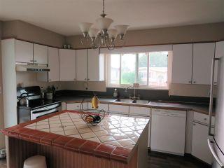 Photo 11: 6532 WILTSHIRE Street in Sardis: Sardis West Vedder Rd House for sale : MLS®# R2324950