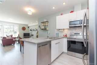 Photo 9: 204 1460 Pandora Ave in VICTORIA: Vi Fernwood Condo for sale (Victoria)  : MLS®# 787376