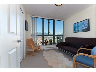 """Photo 9: 2601 1088 QUEBEC Street in Vancouver: Mount Pleasant VE Condo for sale in """"THE VICEROY"""" (Vancouver East)  : MLS®# V985091"""