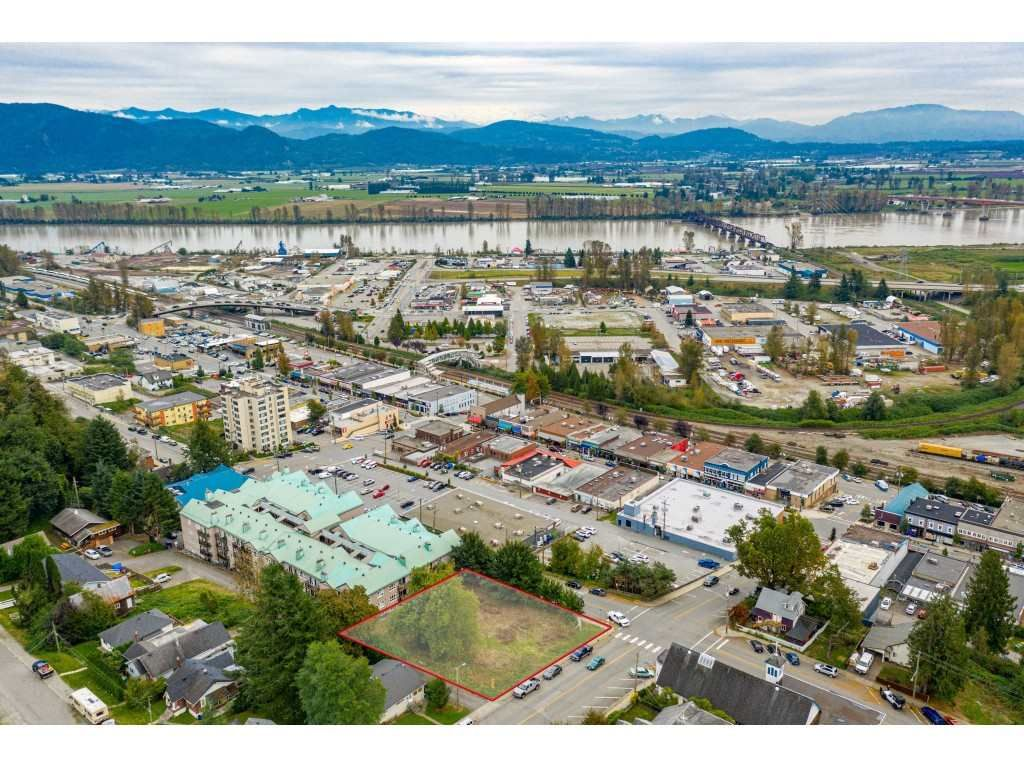 "Main Photo: 7368 JAMES Street in Mission: Mission BC Land for sale in ""DOWNTOWN MISSION"" : MLS®# R2509685"