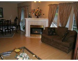 """Photo 5: 2590 PANORAMA Drive in Coquitlam: Westwood Plateau Townhouse for sale in """"BUCKINGHAM COURT"""" : MLS®# V628086"""