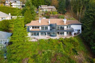 Photo 2: 2683 LOCARNO Court in Abbotsford: Abbotsford East House for sale : MLS®# R2592318