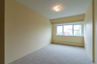 "Photo 13: 401 6026 TISDALL Street in Vancouver: Oakridge VW Condo for sale in ""OAKRIDGE TOWERS"" (Vancouver West)  : MLS®# R2496115"