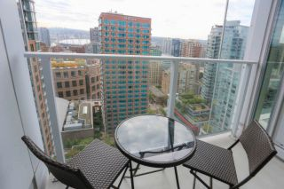 """Photo 11: 2810 777 RICHARDS Street in Vancouver: Downtown VW Condo for sale in """"Telus Garden"""" (Vancouver West)  : MLS®# R2616942"""