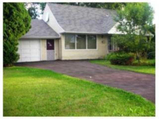 Main Photo: 110 Garrioch Avenue in WINNIPEG: St James Residential for sale (West Winnipeg)  : MLS®# 1010728