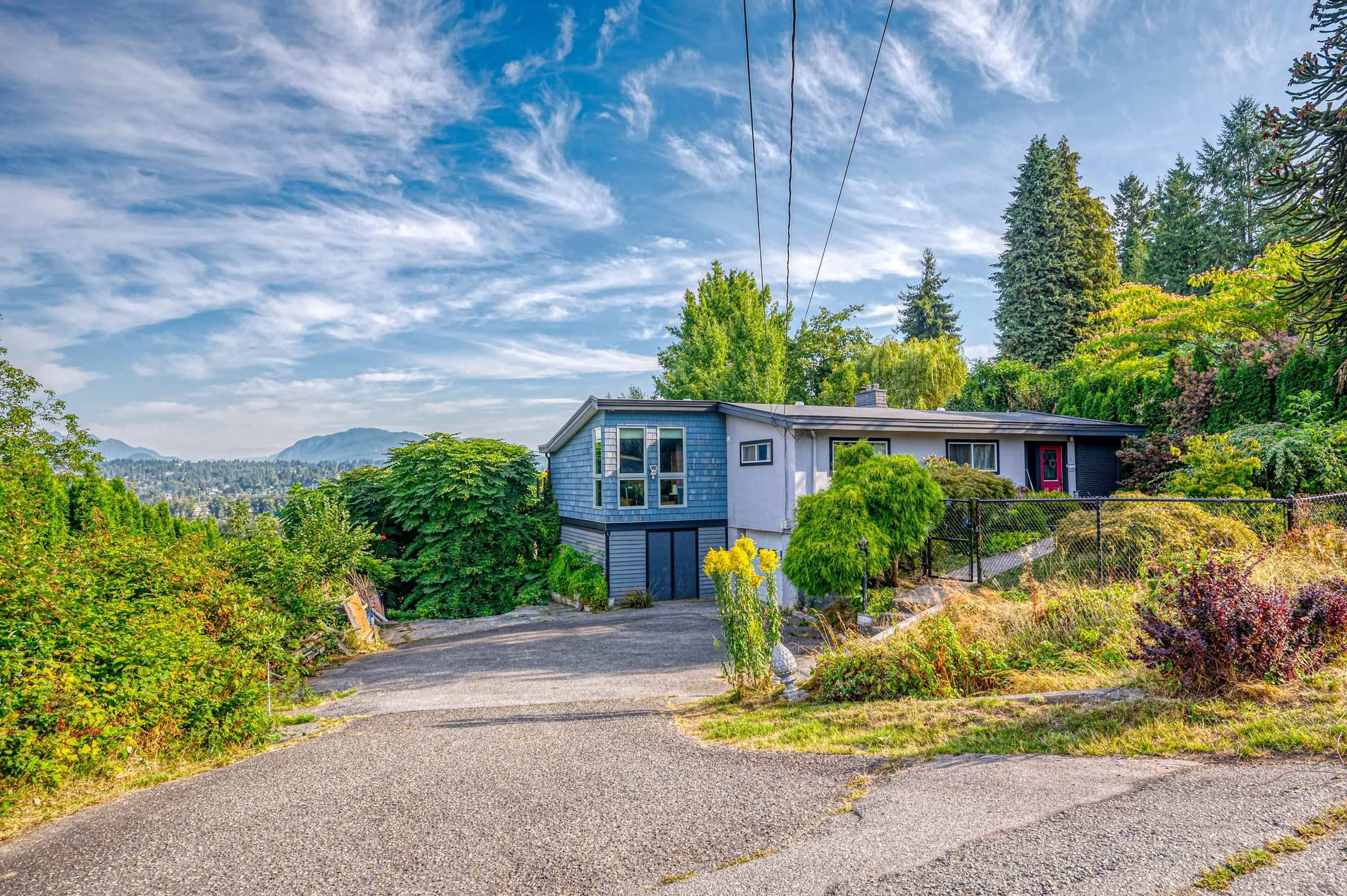 Main Photo: 13909 115 Avenue in Surrey: Bolivar Heights House for sale (North Surrey)  : MLS®# R2615391