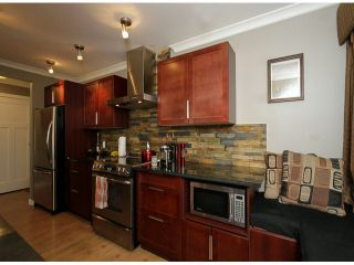"Photo 9: 206 1280 FIR Street: White Rock Condo for sale in ""Oceana Villa"" (South Surrey White Rock)  : MLS®# F1408038"