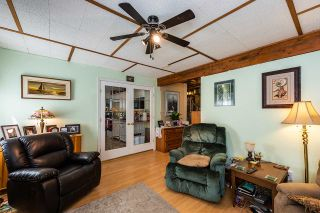 Photo 10: 19422 CUSICK Crescent in Pitt Meadows: Mid Meadows House for sale : MLS®# R2493734