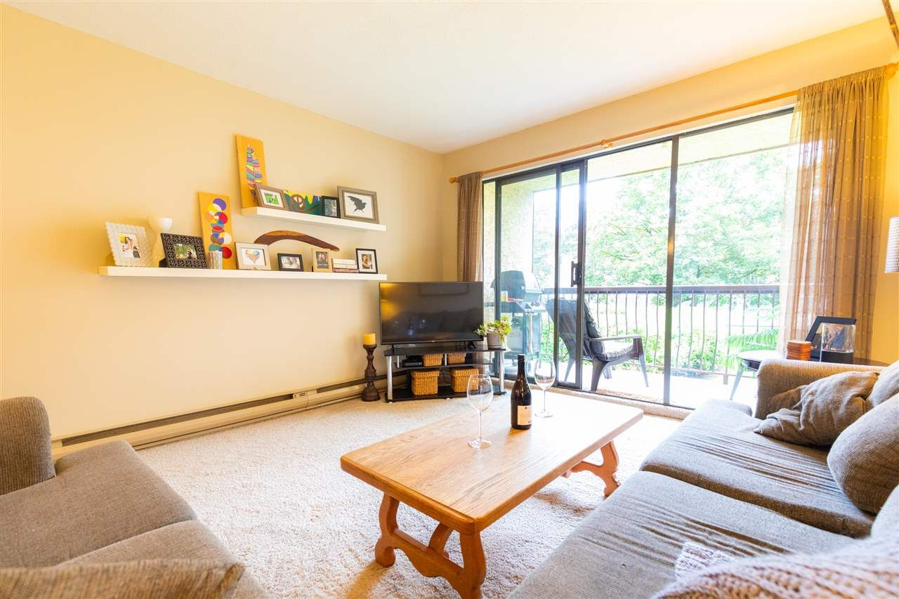 """Photo 4: Photos: 1111 45650 MCINTOSH Drive in Chilliwack: Chilliwack W Young-Well Condo for sale in """"PHOENIXDALE ONE"""" : MLS®# R2469702"""
