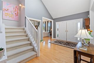 Photo 5: 2318 CHANTRELL PARK Drive in Surrey: Elgin Chantrell House for sale (South Surrey White Rock)  : MLS®# R2558616