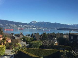 """Photo 1: 4541 W 3RD Avenue in Vancouver: Point Grey House for sale in """"NORTH OF 4TH WEST POINT GREY"""" (Vancouver West)  : MLS®# R2352886"""