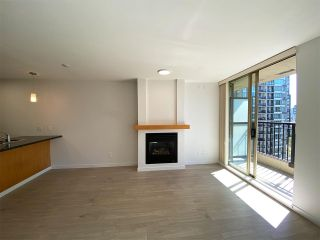 """Photo 5: 1001 989 RICHARDS Street in Vancouver: Downtown VW Condo for sale in """"Mondrian One"""" (Vancouver West)  : MLS®# R2585997"""