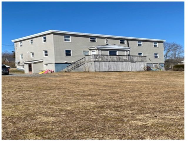 Photo 3: Photos: 311 Highway 2 in Enfield: 105-East Hants/Colchester West Multi-Family for sale (Halifax-Dartmouth)  : MLS®# 202105173