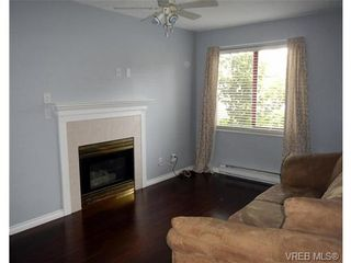 Photo 9: 109 545 Manchester Rd in VICTORIA: Vi Burnside Condo for sale (Victoria)  : MLS®# 672377