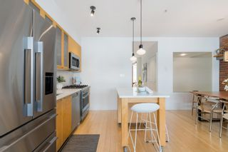 """Photo 17: 401 1072 HAMILTON Street in Vancouver: Yaletown Condo for sale in """"The Crandrall"""" (Vancouver West)  : MLS®# R2620695"""