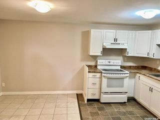 Photo 29: 635 ACADIA Drive in Saskatoon: West College Park Residential for sale : MLS®# SK864203