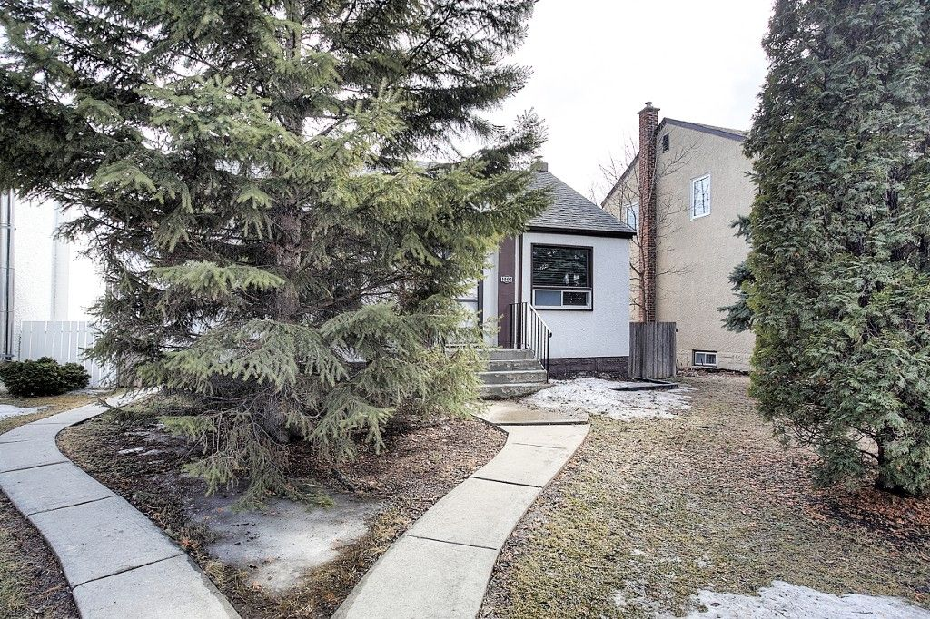 Main Photo: 1096 Jessie Avenue in Winnipeg: Crescentwood Single Family Detached for sale (1Bw)  : MLS®# 1706797