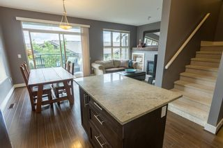 """Photo 4: 22 20326 68 Avenue in Langley: Willoughby Heights Townhouse for sale in """"Sunpointe"""" : MLS®# R2108413"""