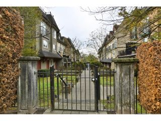 """Photo 2: 88 1561 BOOTH Avenue in Coquitlam: Maillardville Townhouse for sale in """"THE COURCELLES"""" : MLS®# R2010267"""