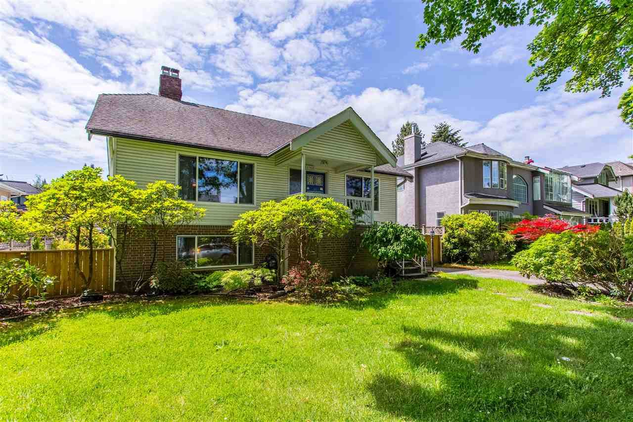 Main Photo: 4562 W 13TH AVENUE in : Point Grey House for sale : MLS®# R2466607