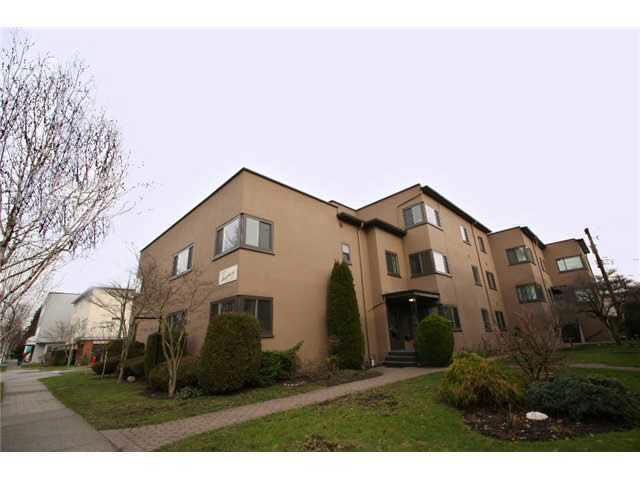 Main Photo: 101 6020 EAST BOULEVARD in : Kerrisdale Condo for sale : MLS®# V867260