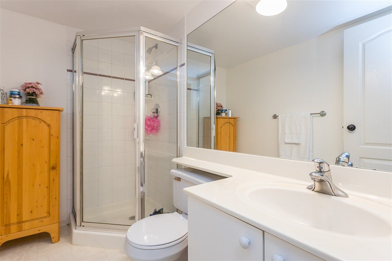 Photo 17: Photos: 401 412 TWELFTH STREET in New Westminster: Uptown NW Condo for sale : MLS®# R2507753